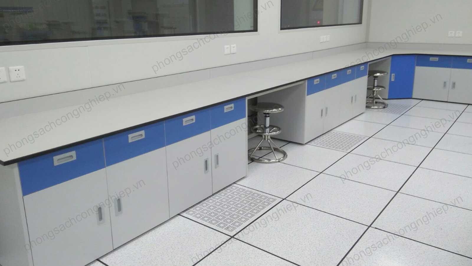 Bàn thí nghiệm áp tường phòng sạch mẫu số 01